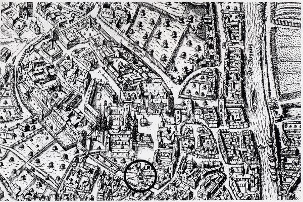 Bamberg. Markiert ist die Stelle der Grabung mit der 1738 abgebrochenen porta minor auf dem Stadtplan des Petrus Zweidler von 1602 (Pfeil)
